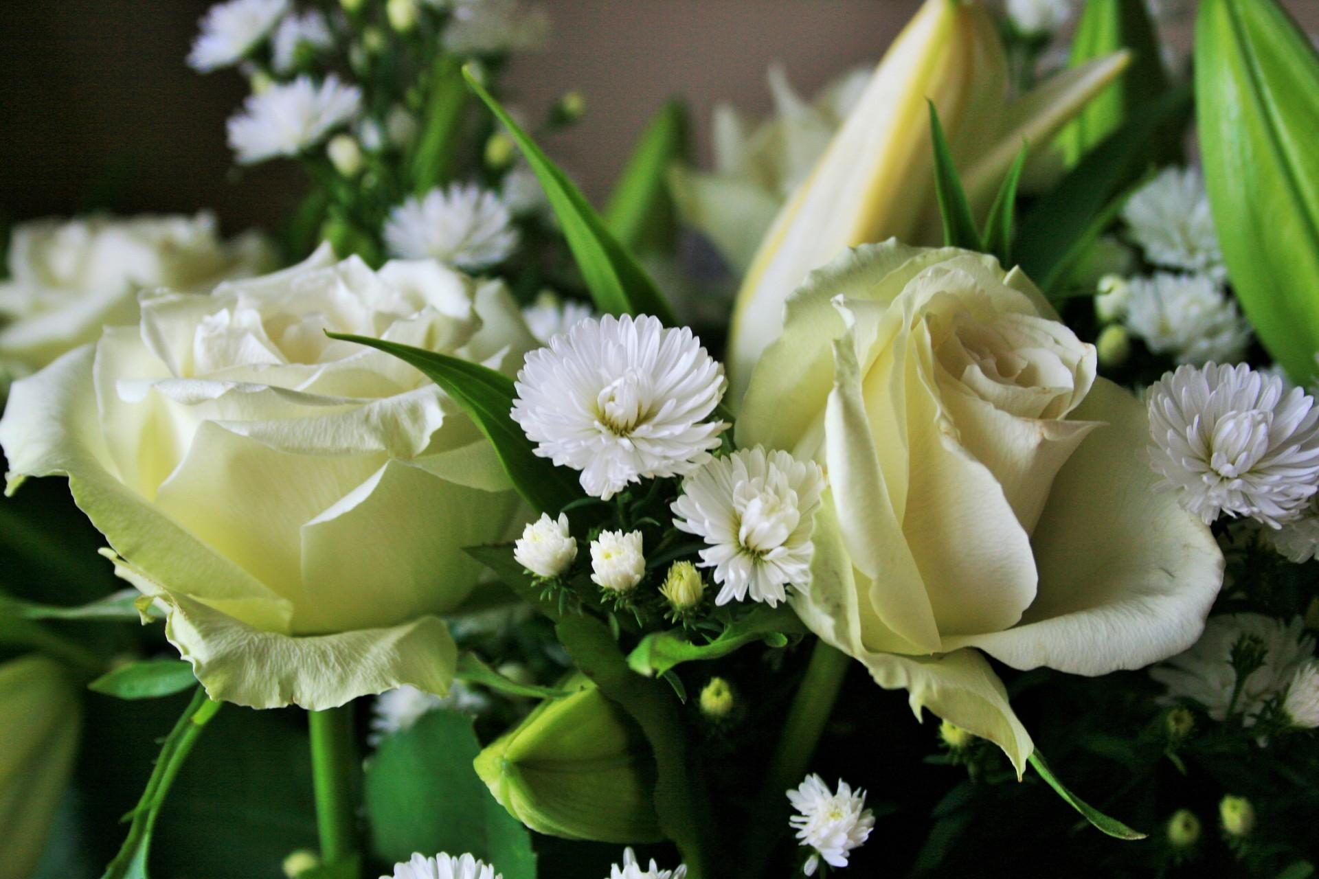 coronas de flores para Tanatorio de Matalpino